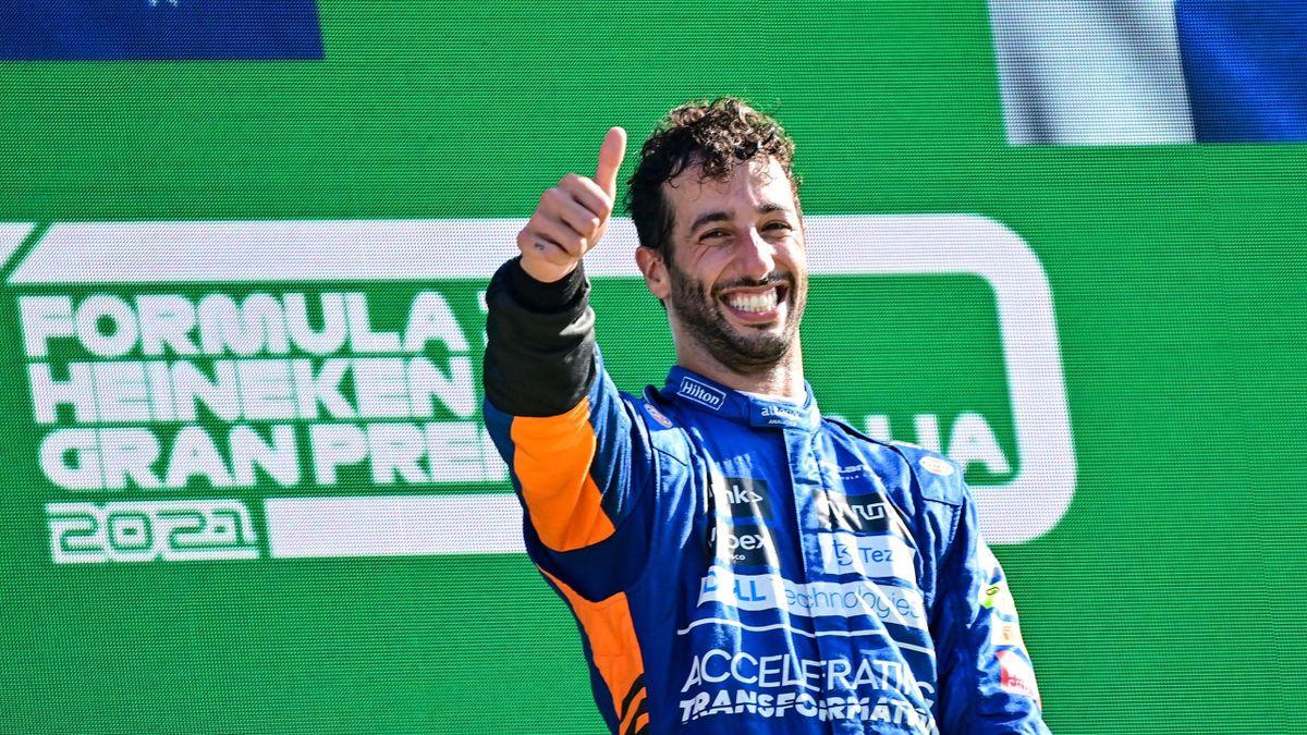 Daniel Ricciardo, resplendissant sur le podium du GP d'Italie 2021