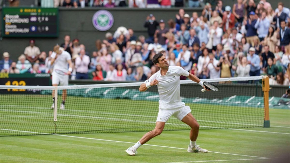 Novak Djokovic bejubelt seinen Halbfinal-Sieg gegen Denis Shapovalov