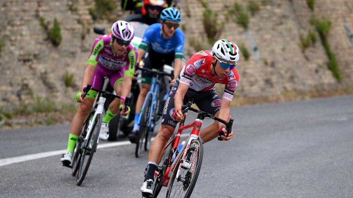 Simon Pellaud in fuga nella tappa di Termoli - Giro d'Italia 2021