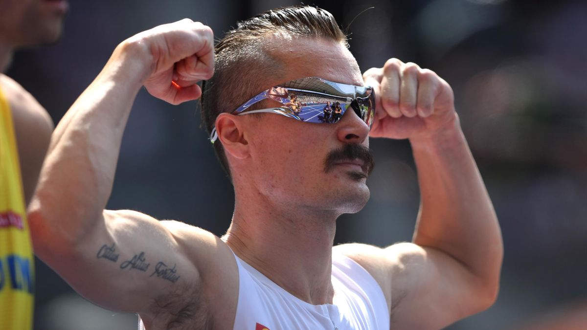 Henrik Ingebrigtsen of Norway looks on as he competes in the Men's 1500 metres heats during day two of the 24th European Athletics Championships at Olympiastadion on August 8, 2018 in Berlin, Germany.