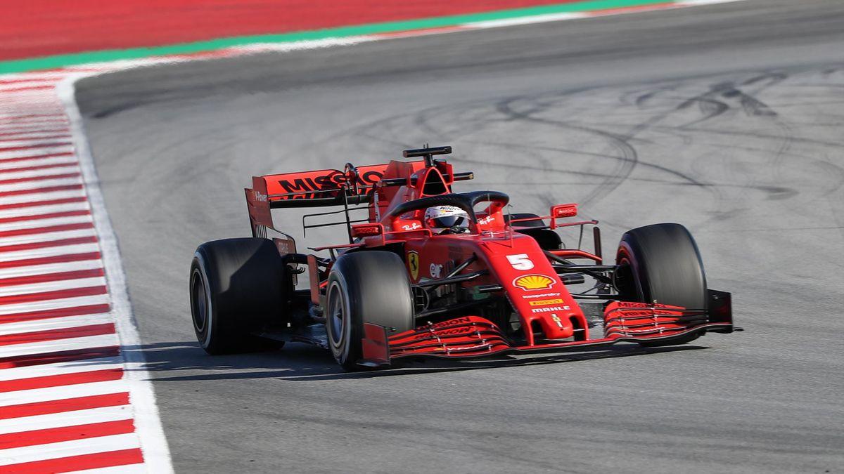 Sebastian Vettel im Ferrari bei den Winter-Testfahrten 2020