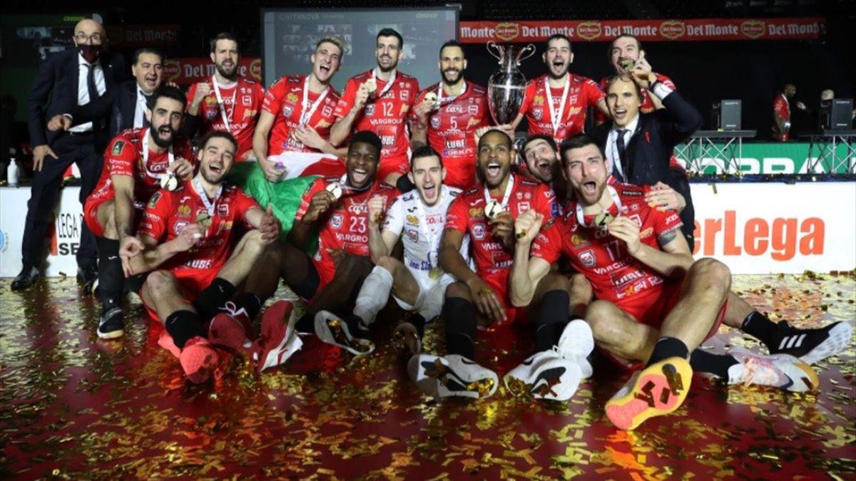 Cucine Lube Civitanova-Sir Safety Perugia - Del Monte Coppa Italia 2021 - foto credit: facebook.com/LUBEVOLLEY (profilo ufficiale)