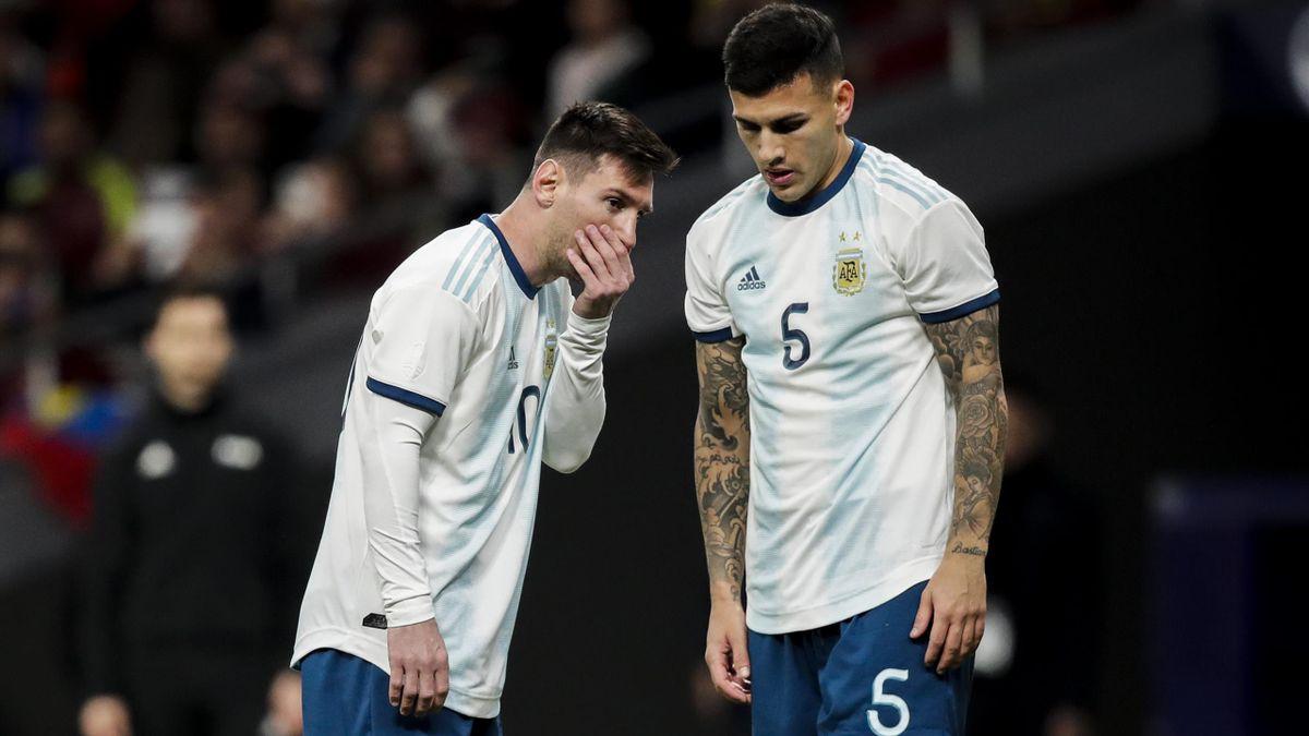 Leandro Paredes et Lionel Messi avec la sélection argentine.