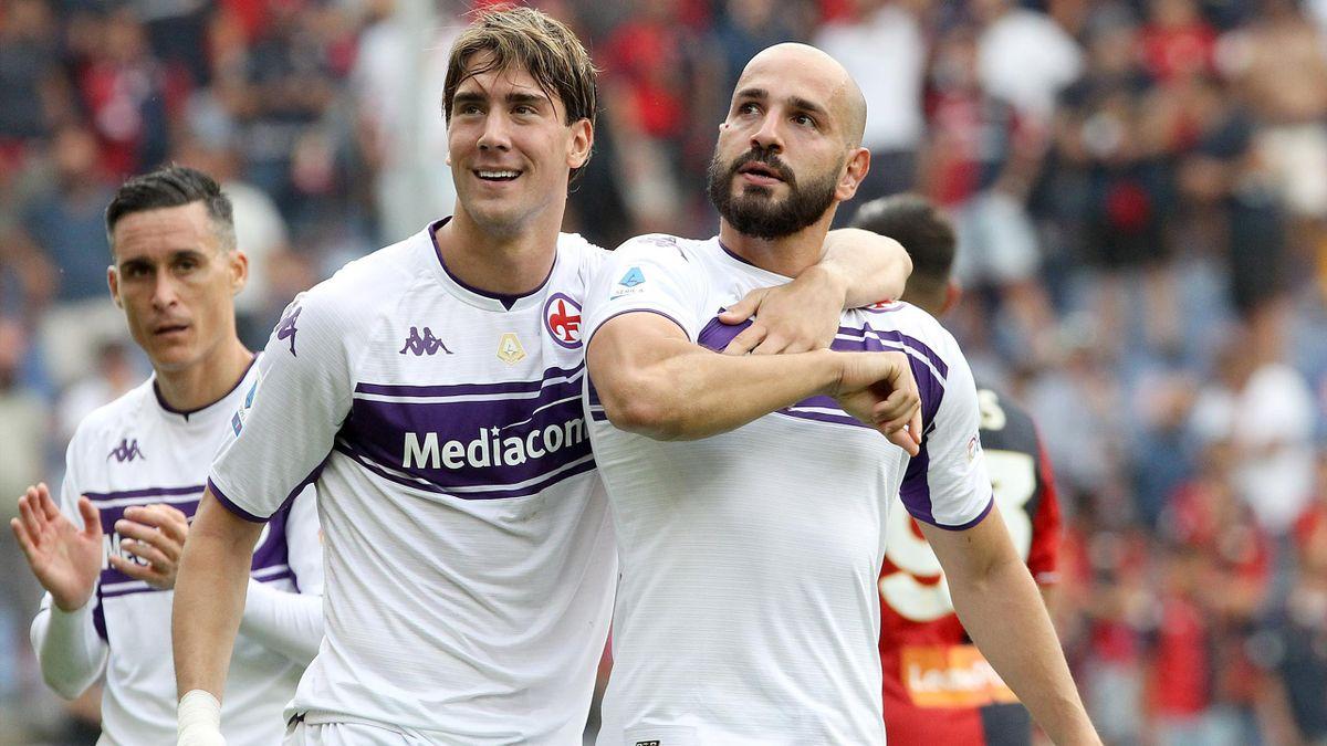Riccardo Saponara esulta insieme a Dusan Vlahovic, Genoa-Fiorentina, Serie A 2021-22, LaPresse