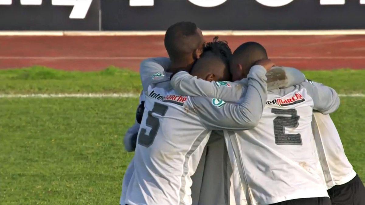 JS Saint-Pierroise - Coupe de France