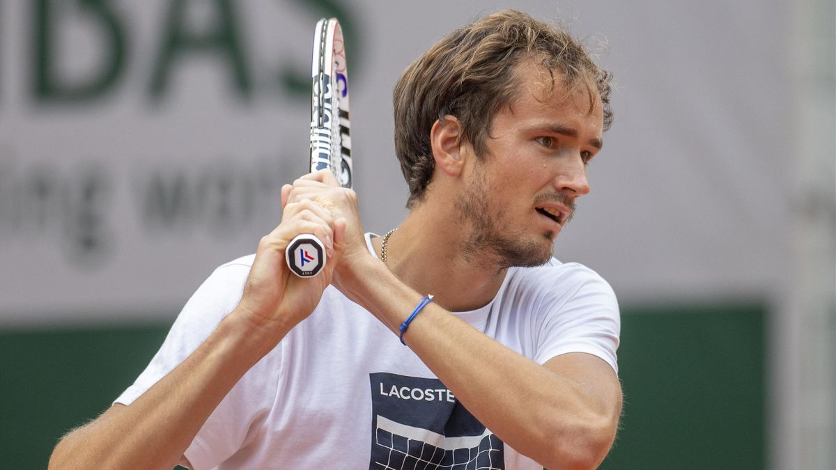 Daniil Medvedev à l'entraînement à Roland-Garros en 2021