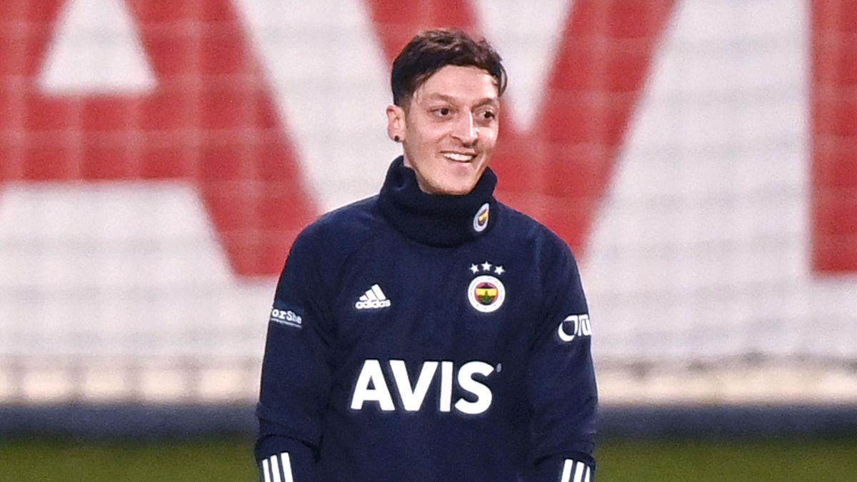 Mesut Özil spielt seit Januar 2021 für Fenerbahce
