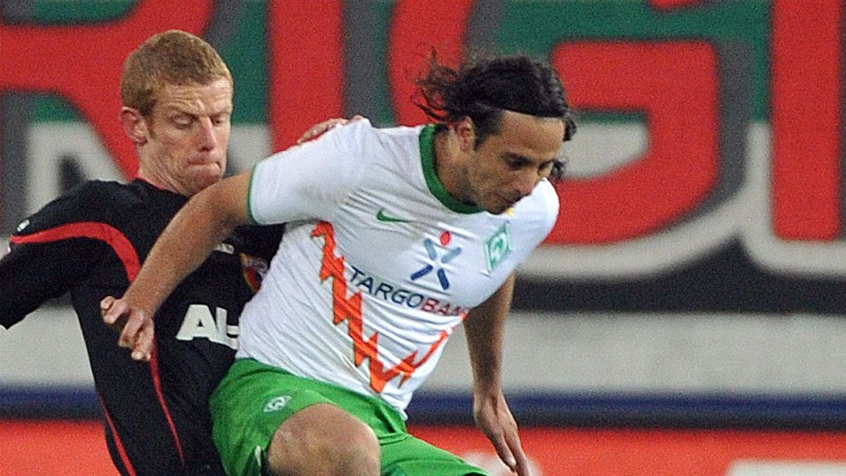 2011/12 1. Bundesliga FC Augsburg SV Werder Bremen Uwe Möhrle Claudio Pizzaro
