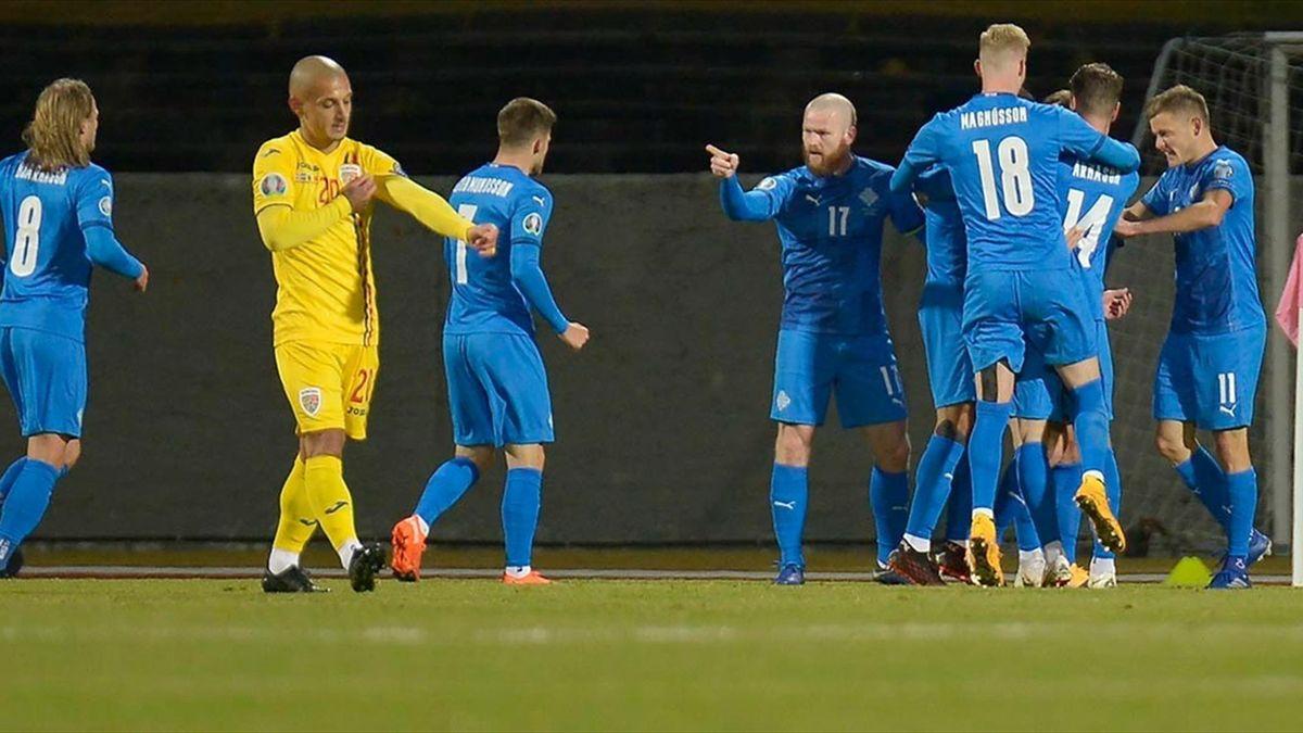 Imagine din meciul Islanda-România, 2-1