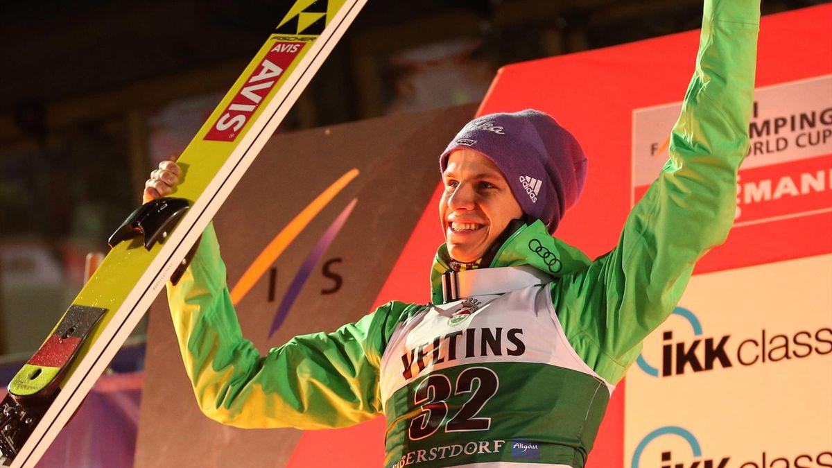 Schanzenrekord & Podium: Wellinger top in Oberstdorf