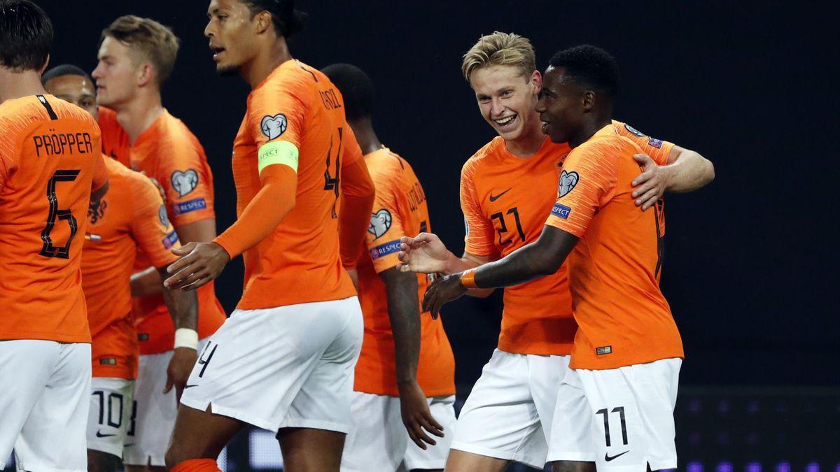 De Jong esulta per l'1-1 sulla Germania