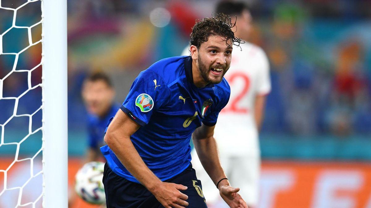 Manuel Locatelli in gol con l'Italia