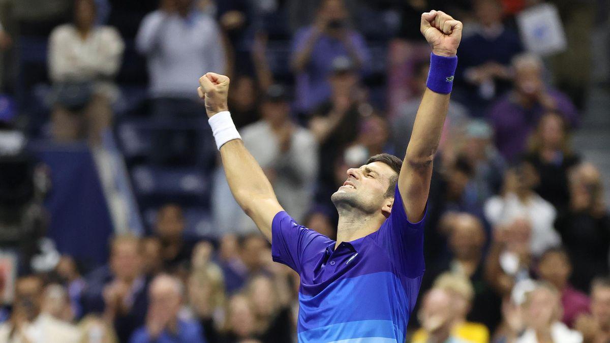 Novak Djokovic celebra su pase a la final del US Open 2021