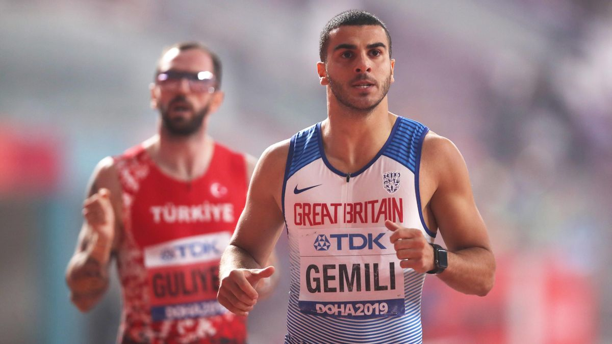 Adam Gemili of Great Britain competes in the Men's 200 metres semi finals during day four of 17th IAAF World Athletics Championships Doha 2019 at Khalifa International Stadium on September 30