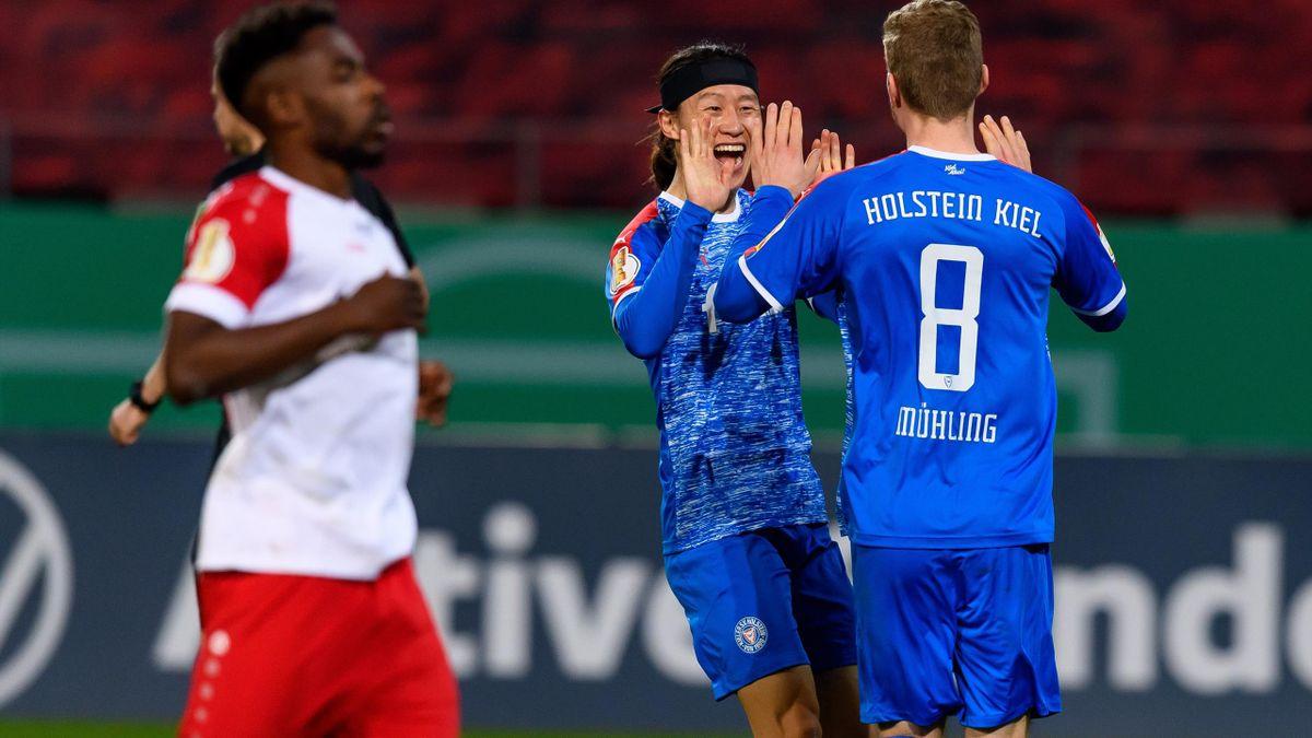 Rot-Weiss Essen gegen Holstein Kiel