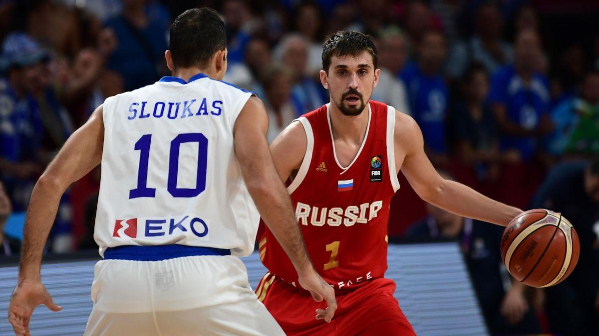 Alexey Shved (Russie) contre la Grèce en quart de finale de l'Euro 2017
