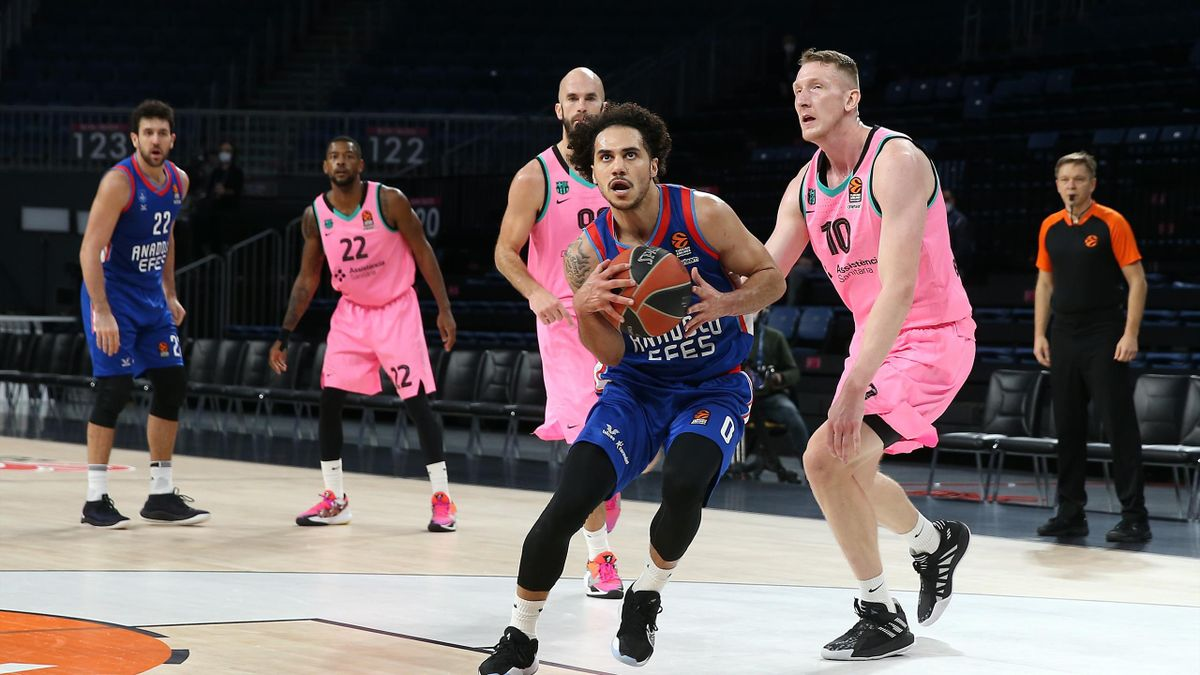 Shane Larkin, Anadolu Efes-Barcellona, Euroleague 2020-21