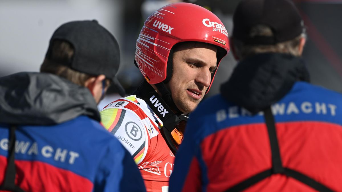 Josef Ferstl victime d'une chute à Garmisch-Partenkirchen.