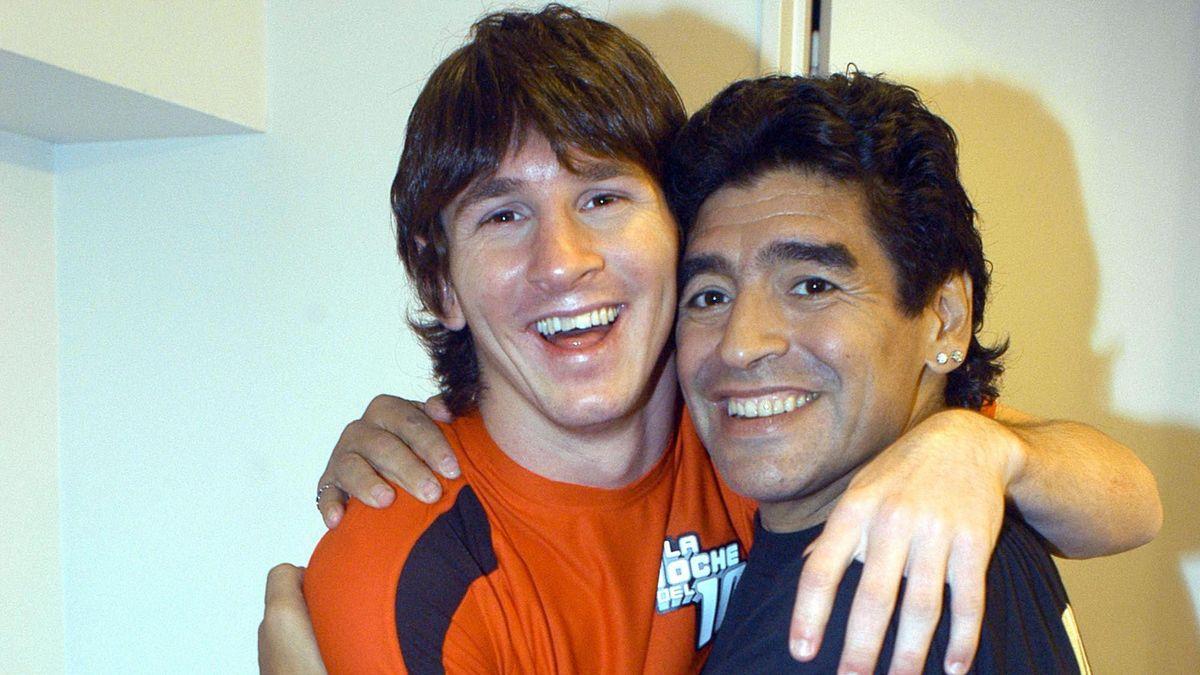 Messi and Maradona (AP/LaPresse)