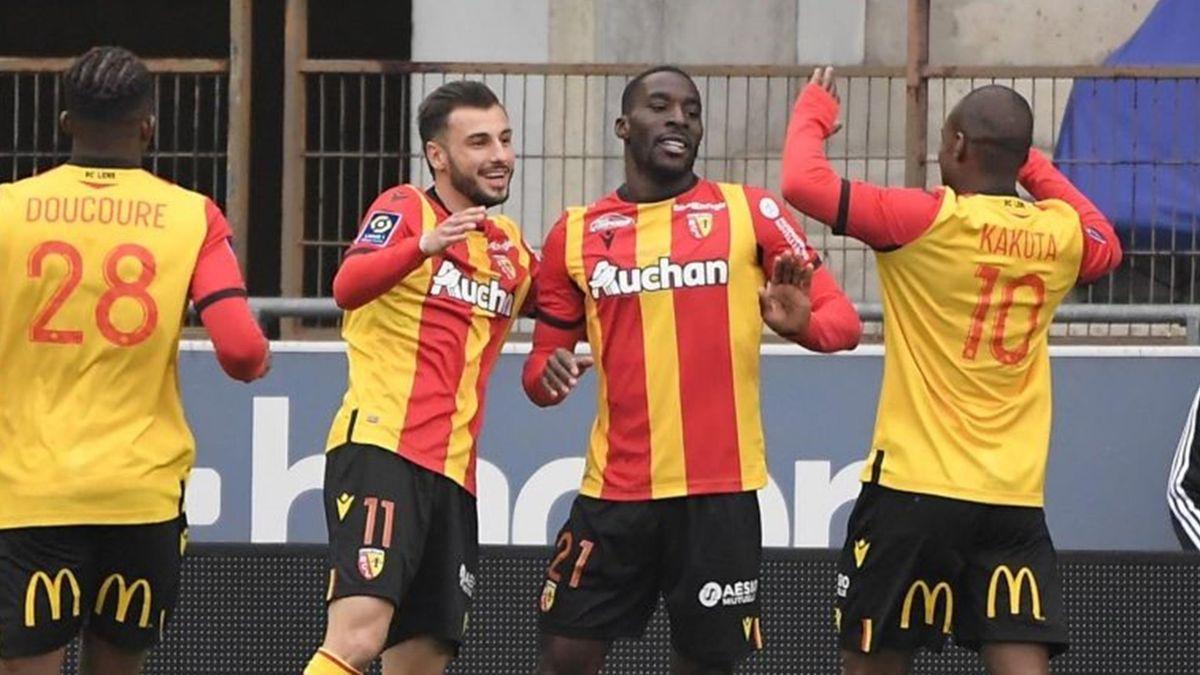 Massadio Haidara (Lens) célèbre son but contre Strasbourg en Ligue  le 21 mars 2021