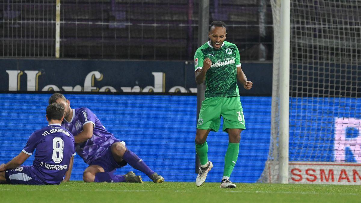 Julian Green (rechts, Greuther Fürht) erzielte den Siegtreffer gegen den VfL Osnabrück