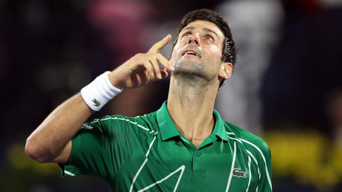 Novak Djokovic schickt einen Dank in den Himmel