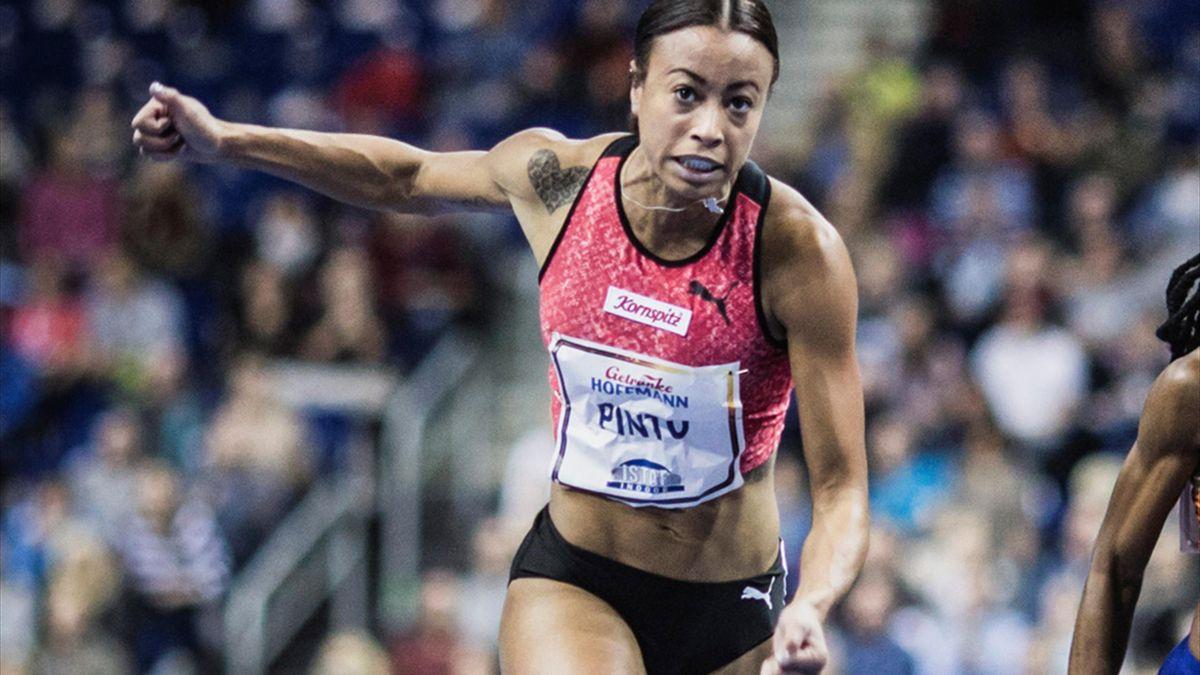 60 Meter: Tatjana Pinto gewinnt in 7,06 Sekunden