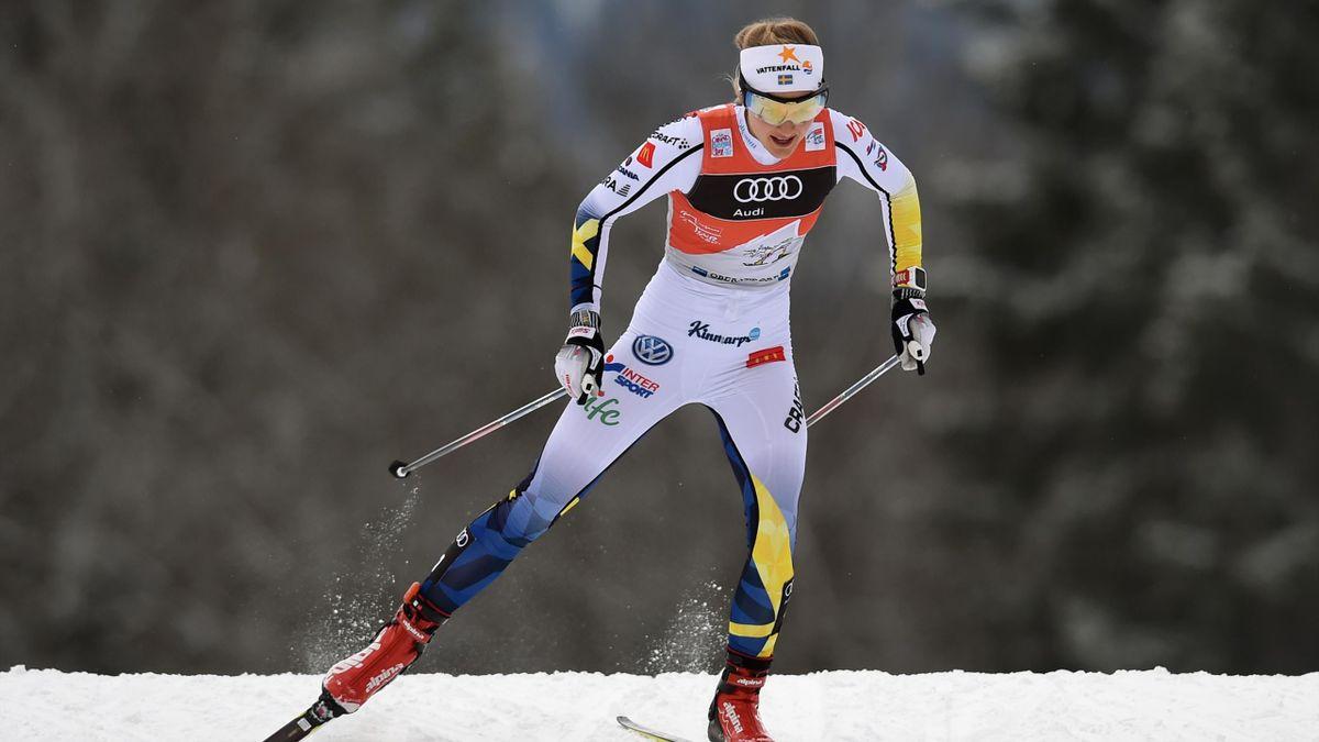 Stina Nilsson feiert den Weltcup-Sieg in der Heimat