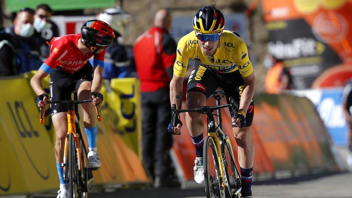Primoz Roglic dépose le malheureux Gino Mader juste avant la ligne d'arrivée à la Colmiane.