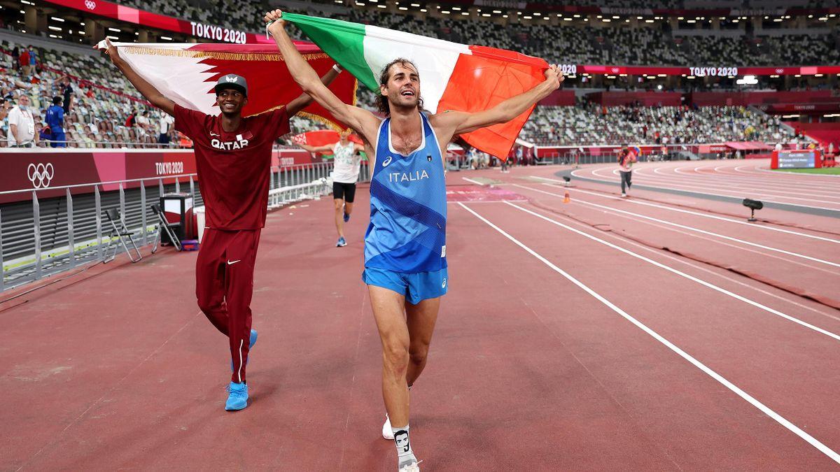 Gianmarco Tamberi und Mutaz Essa Barshim freuen sich über Gold.