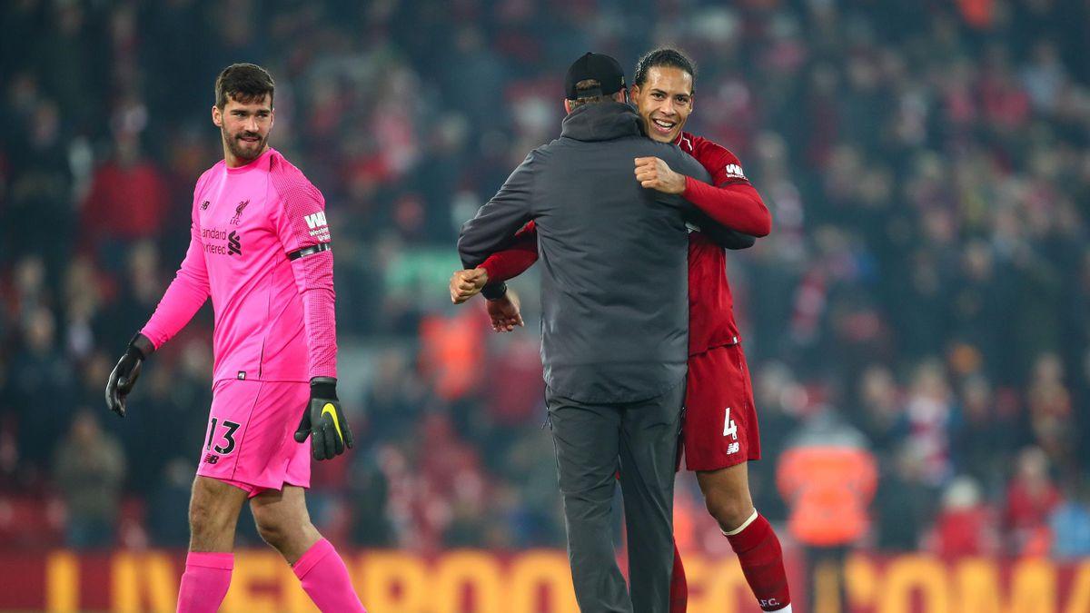 Jurgen Klopp îi vede pe Van Dijk și Alisson drept doi dintre cei mai importanți jucători ai echipei