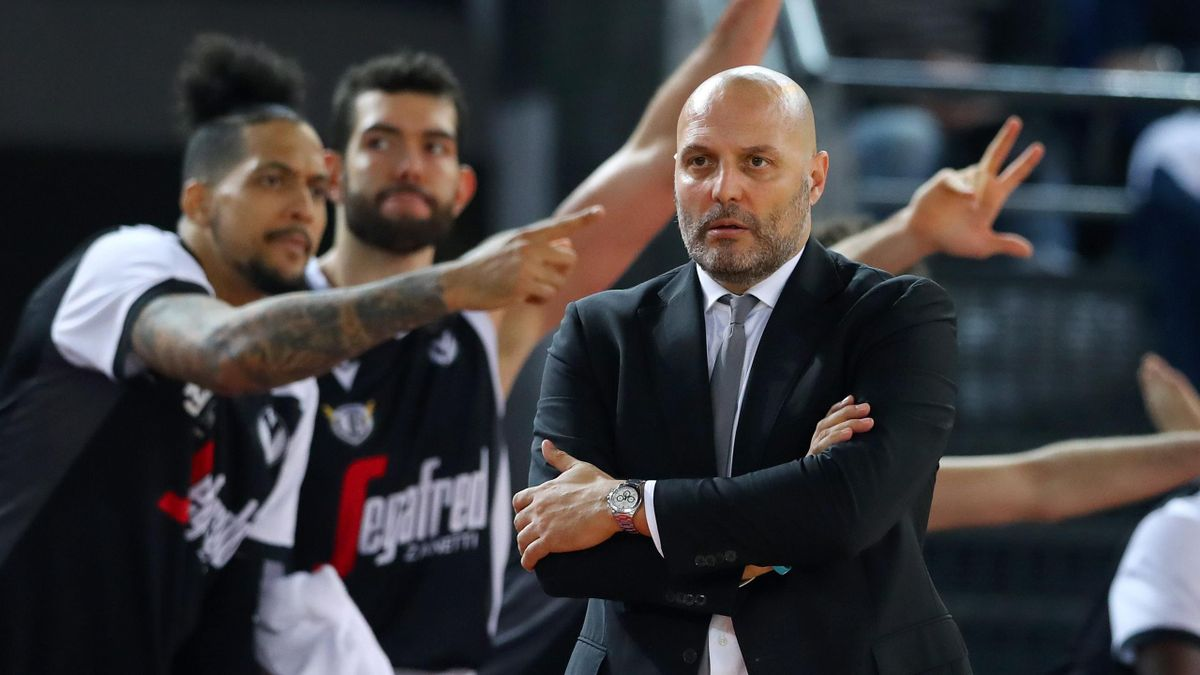 Bologna head coach Aleksandar Djordjevic during the LBA Serie A match Virtus Roma v Segafredo Virtus Bologna at the Palazzetto dello Sport in Rome, Italy on January 12, 2020