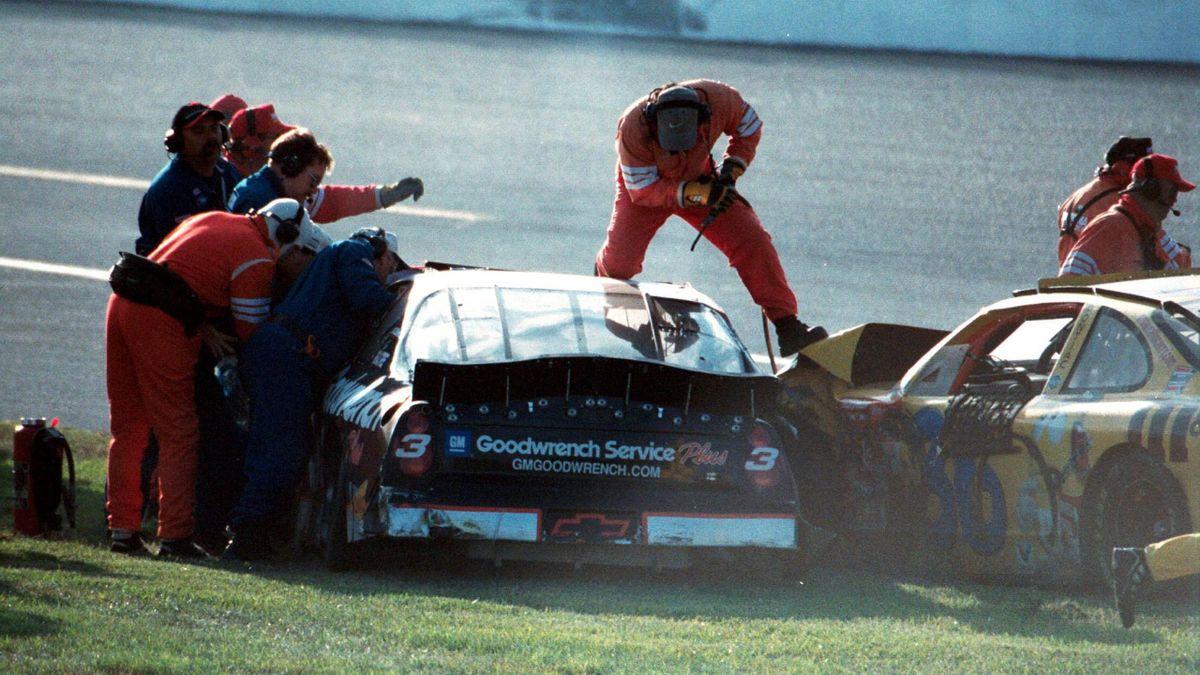 Nach dem Unfall von Dale Earnhardt