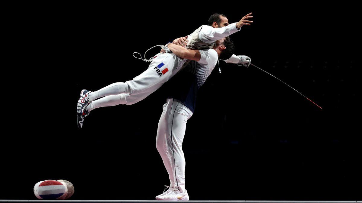 Erwann Le Pechoux après la victoire de la France en finale du fleuret par équipes aux Jeux Olympiques, le 1er août 2021