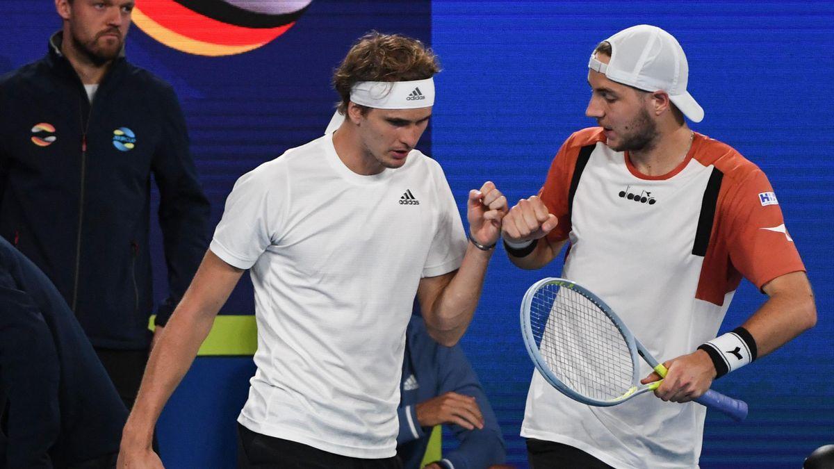 Alexander Zverev (l.) und Jan-Lennard Struff beim ATP Cup 2021