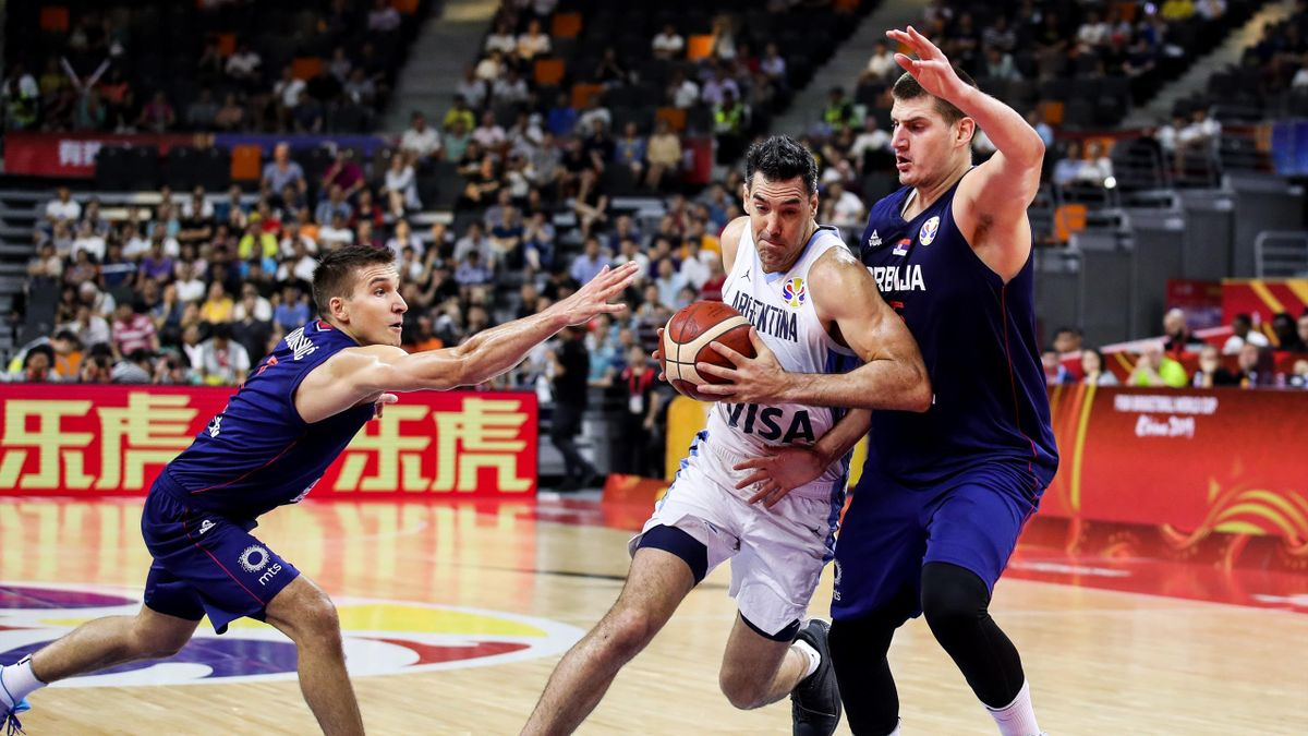 Luis Scola contro Nicola Jovic, Argentina-Serbia, Getty Images