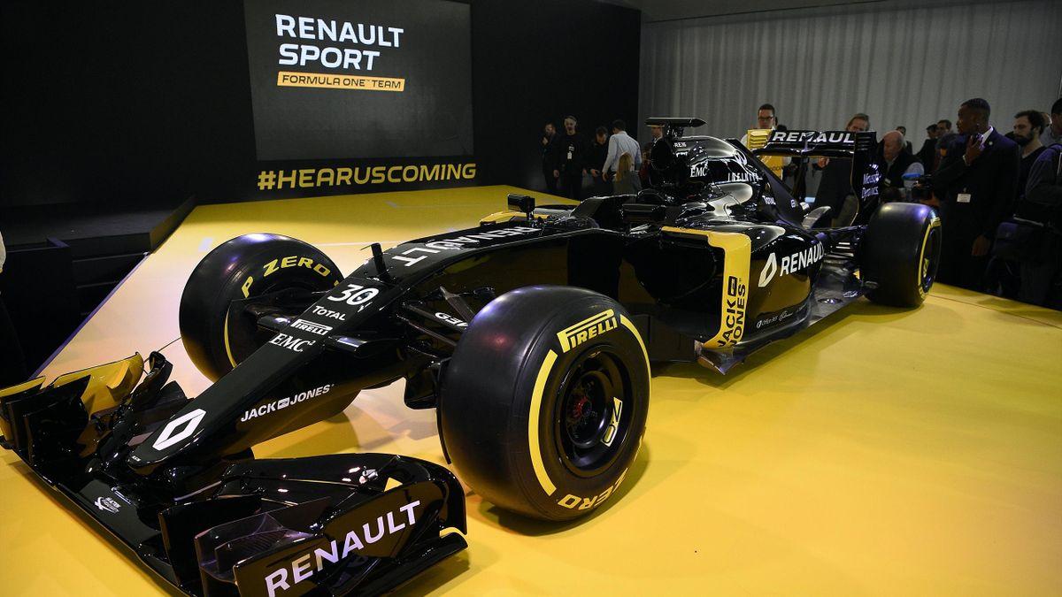 La présentation de la nouvelle écurie Renault Sports F1 Team, mercredi 3 février à Guyancourt