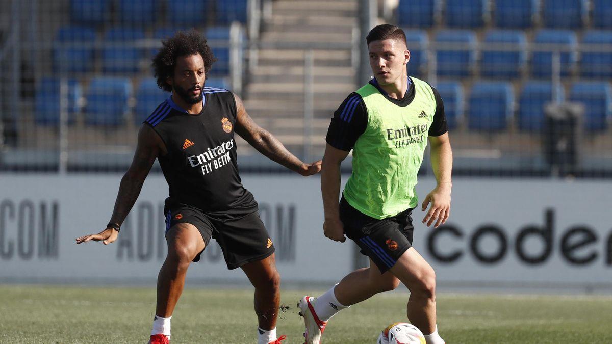 Luka Jovic in allenamento con il Real Madrid