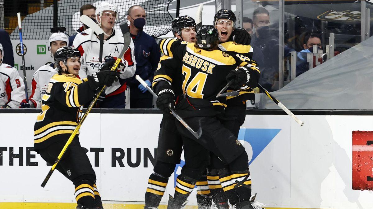 La joie des Boston Bruins en playoffs NHL 2021