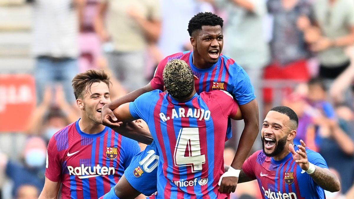 Ansu Fati fête son superbe but lors de la rencontre entre le FC Barcelone et Levante (3-0) en Liga