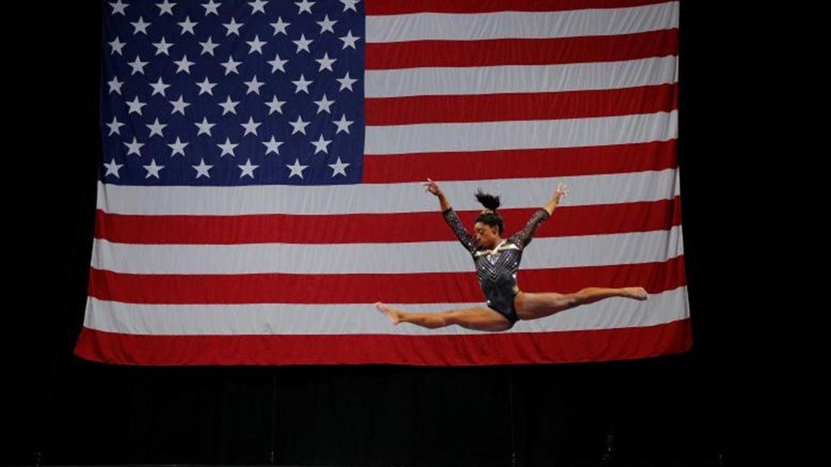 Picture of the year - November 2018 - Gymnastics - Simone Biles.jpg