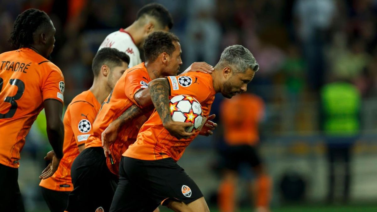 Marlos dopo il gol - Shakhtar Donetsk-Monaco Playoff Champions League