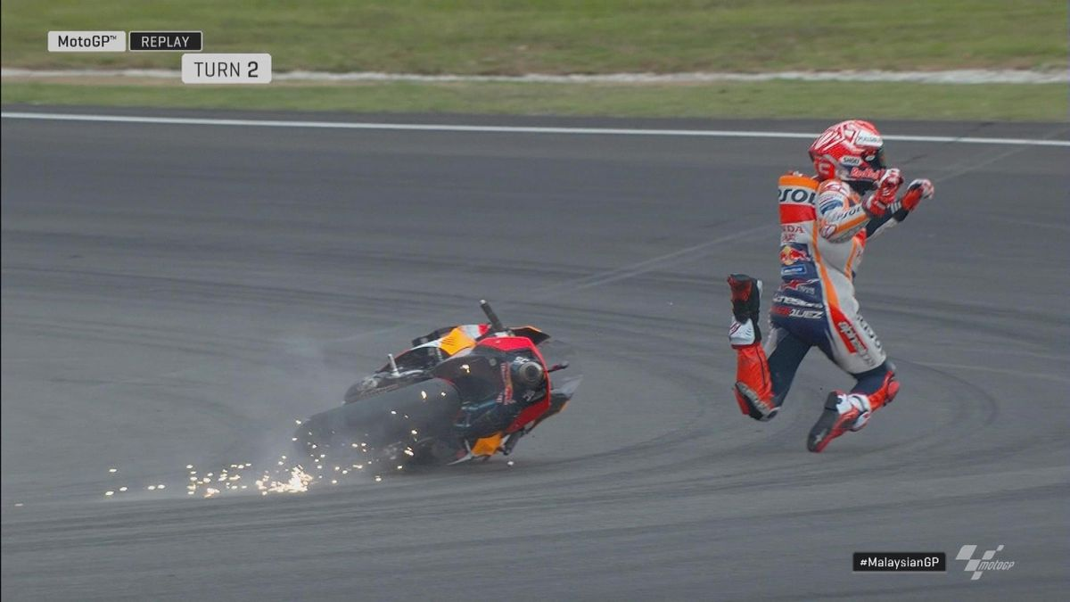 Moto GP Malaysia - Moto GP Q2 - Marc Marquez big crash