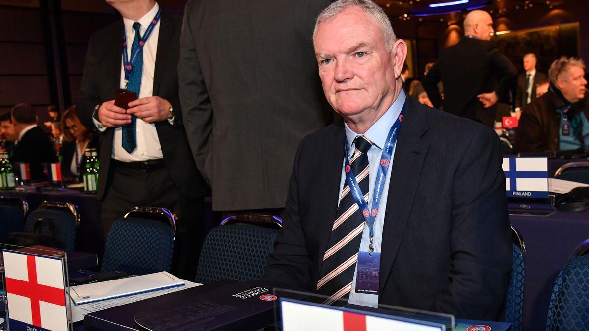 Greg Clarke démissionne de ses fonctions de président de la fédération anglaise de football.