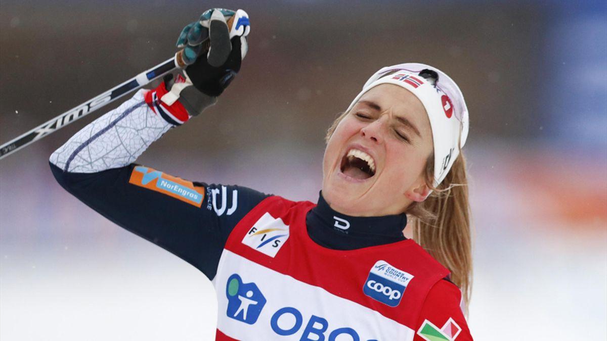 Therese Johaug gewinnt über 10 Kilometer