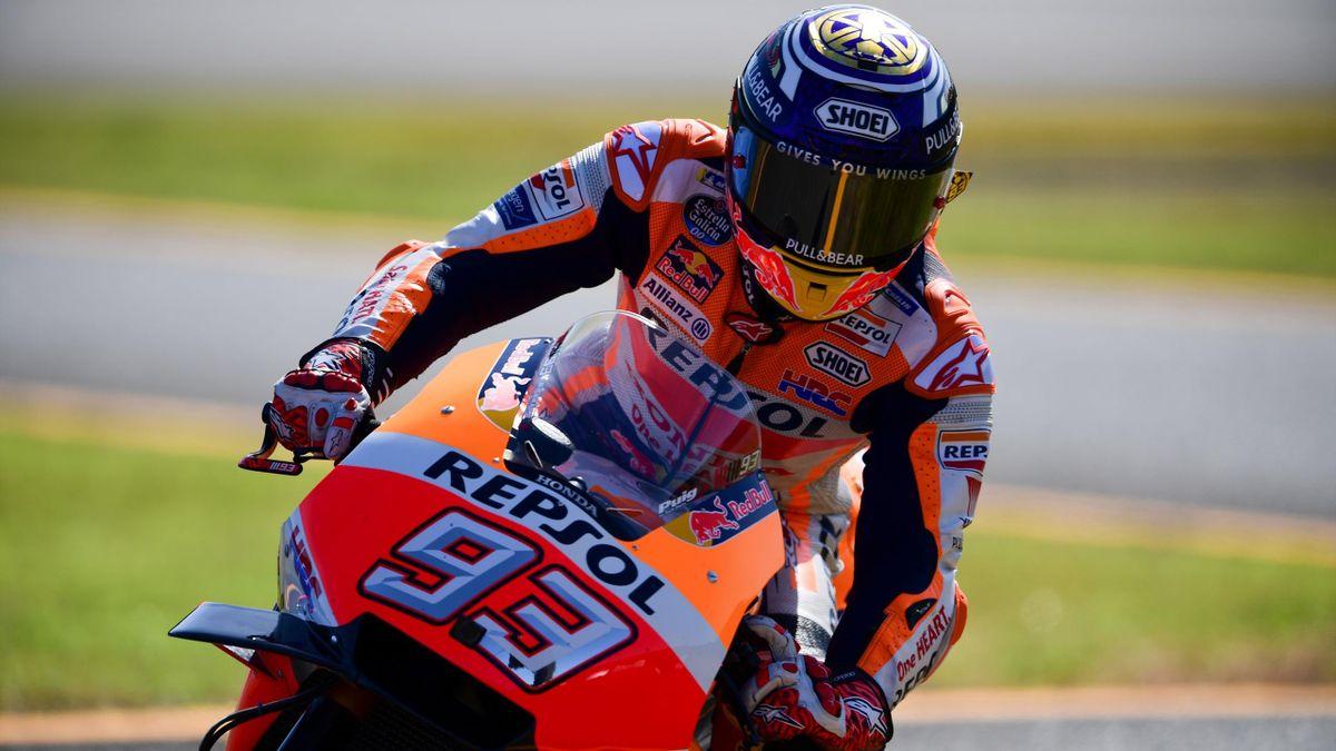 Repsol Honda Team Spanish rider Marc Marquez takes part in the warm up ahead of the MotoGP Japanese Grand Prix at Twin Ring Motegi circuit in Motegi, Tochigi prefecture on October 21, 2018