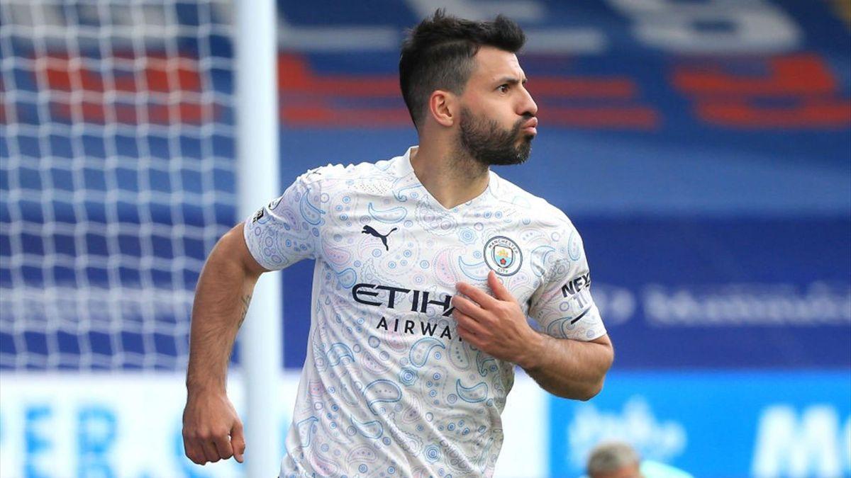 Sergio Aguero festeggia un gol con il Manchester City - Premier League 2020-21