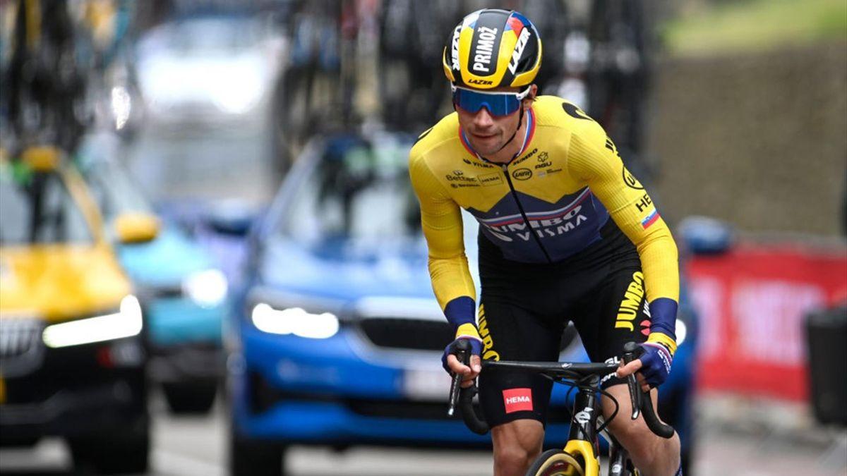 Primoz Roglic staccato all'Amstel Gold Race 2021 dopo il problema meccanico - Getty Images