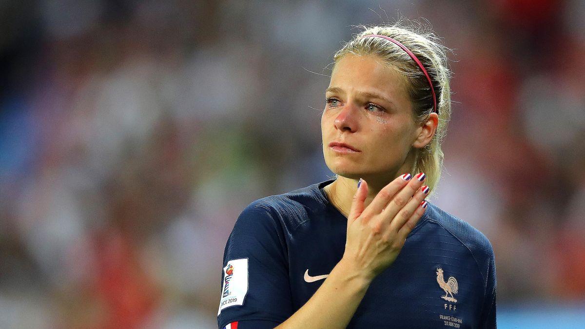 Eugénie Le Sommer très touchée par l'élimination face aux USA