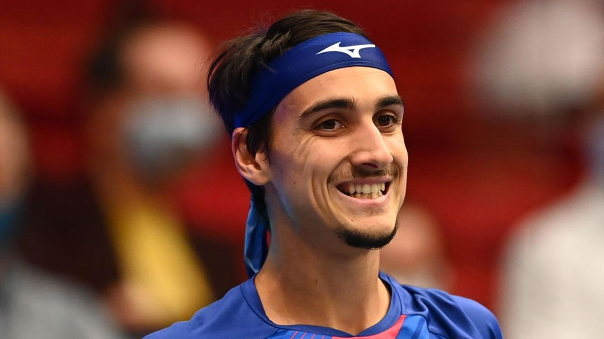 La risata amara di Lorenzo Sonego contro Rublev in finale - ATP Vienna 2020